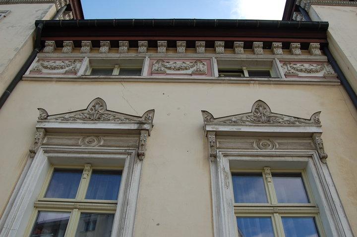 Fasada Budynku Przy Ul Zacisze 2