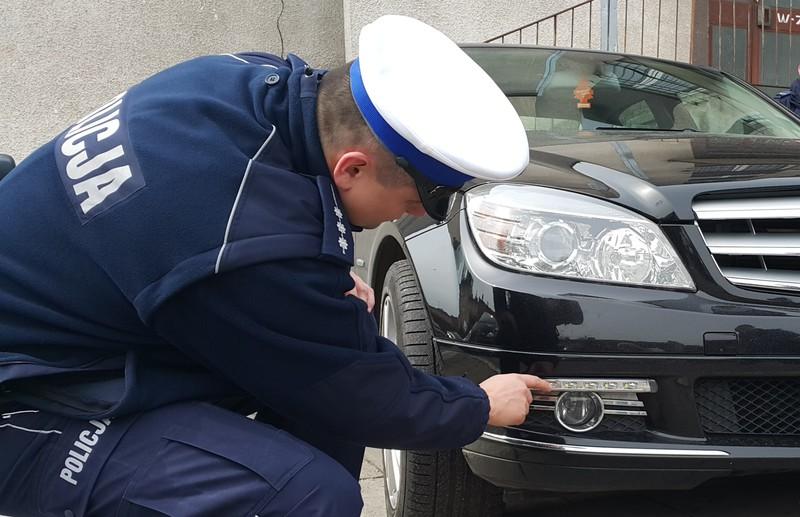 Policyjny Poradnik Kierowcy Co Warto Wiedzieć O światłach